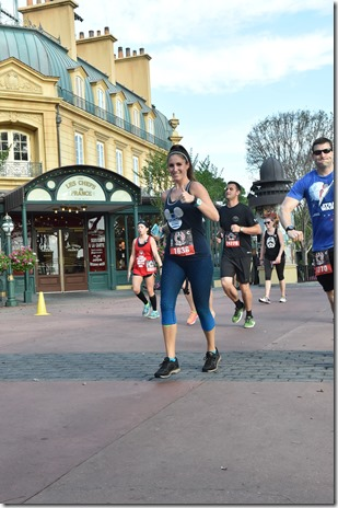 PhotoPass_Visiting_WDWRUNDISNEY_400815928885 (2)